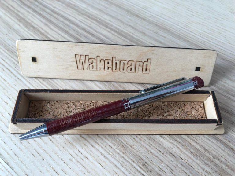 ручка с логотипом wakeboard